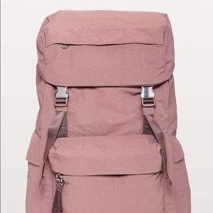Lululemon on my level rucksack dusty rose pink